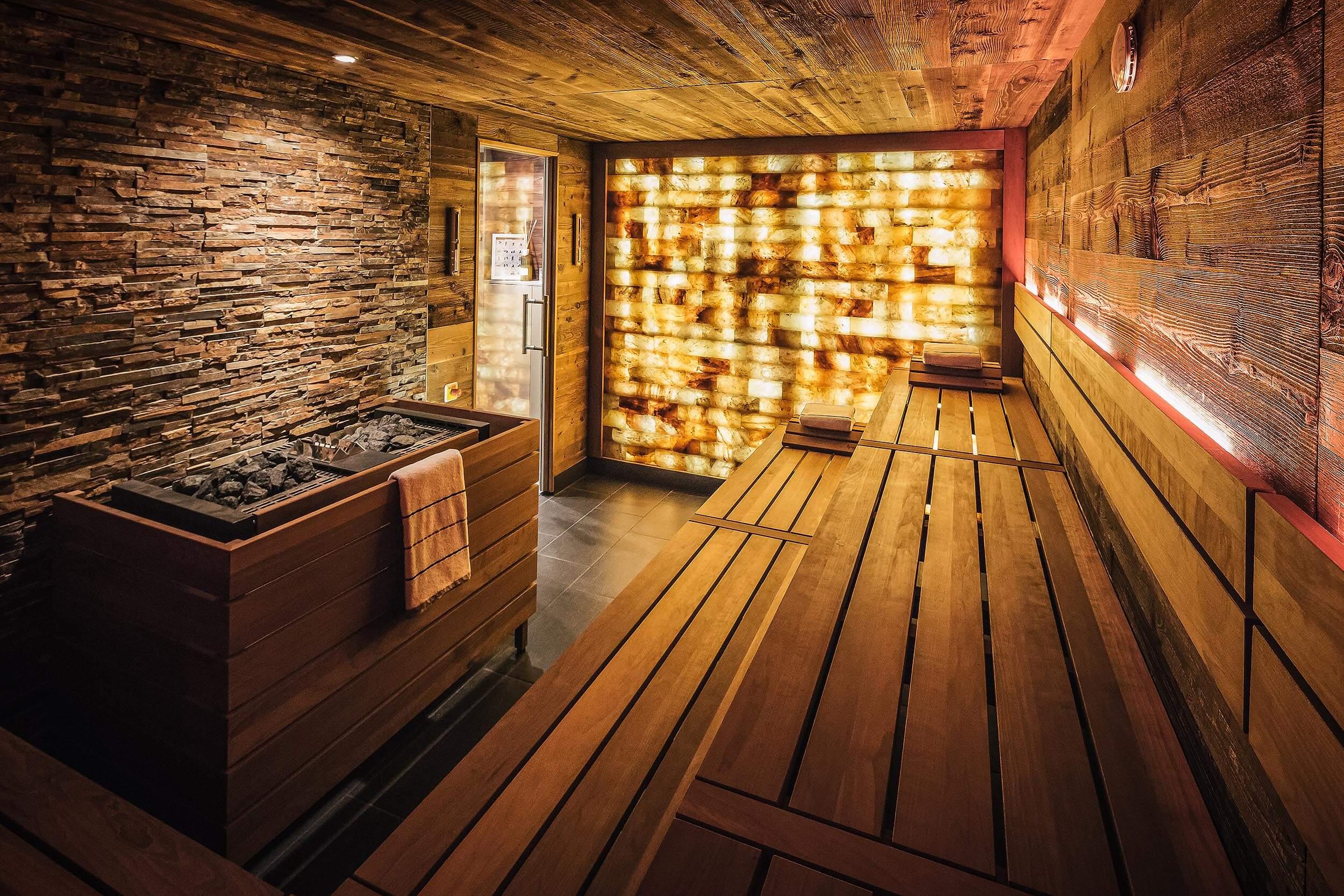 Ab welchem Alter darf man in die Sauna? Info vom Saunaprofi